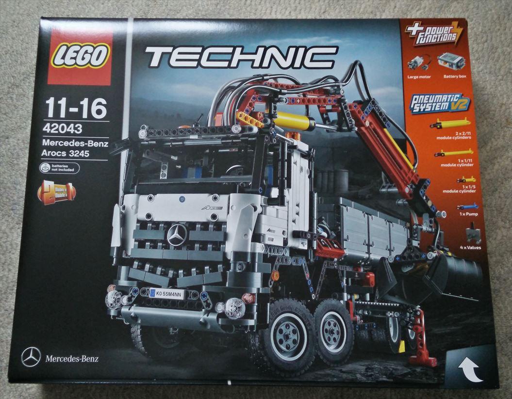レゴ(LEGO)テクニック 「 メルセデス・ベンツ アロクス(42043)」のレビュー(組み立て編)